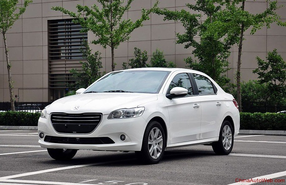 تصاویر و مشخصات خودروی پژو 301