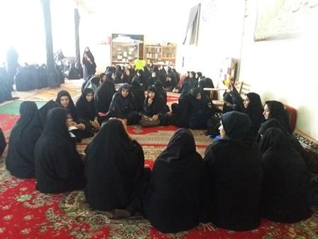 حضور دانش آموزان در نماز جمعه