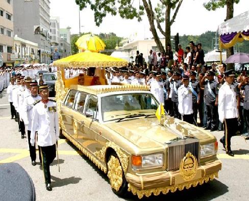 بزرگ ترین و گران قیمت ترین کلکسیون خودرویی دنیا