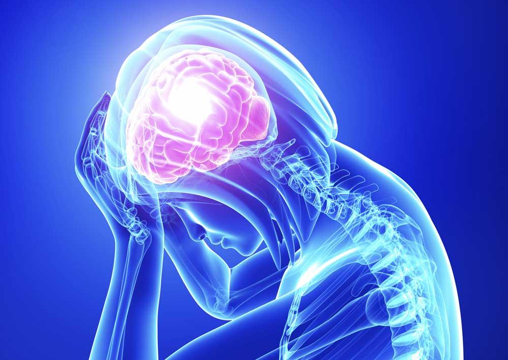 الکلیسم ممکن است به سیروز منجر شود. نشانگان ناشی از وابستگی جسمی مزمن نسبت به الکل و محرومیت ناگهانی از می بارگی سبب رعشه، اضطراب، توهم و هذیان میشود