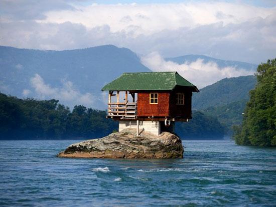 14 خانه عجیب در مکانهایی غیرممکن!