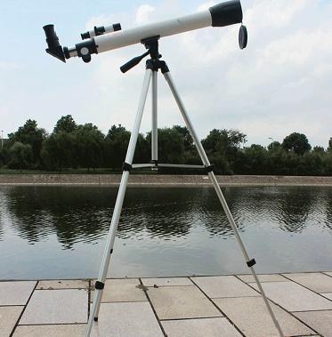 تلسکوپ گالیله ای شکستی مدل F60050 مدیک
