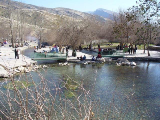 چشمه سراب اردشیر کازرون