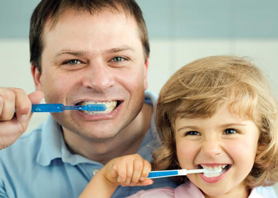 چگونه دندانها را بشوییم؟