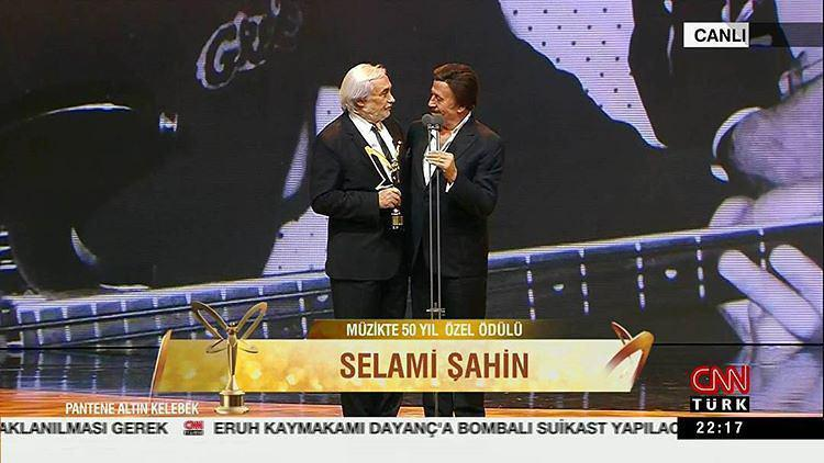 دانلود آهنگ ترکيه ای از Selami Sahin به نام Sensiz Bu Ev Cekilmiyor