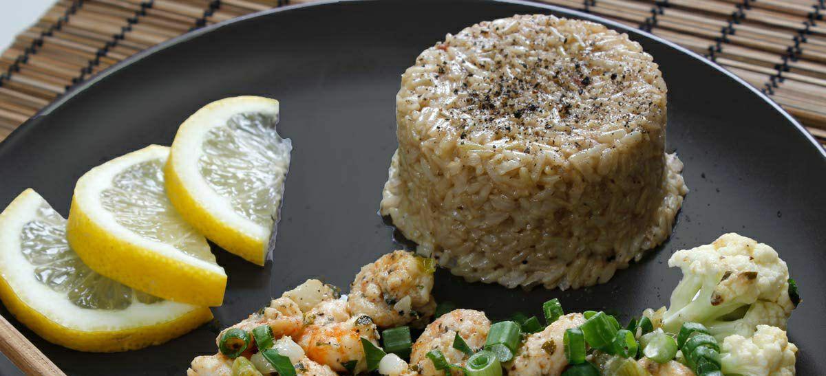طرز تهیه میگو کره ای با برنج قهوه ای
