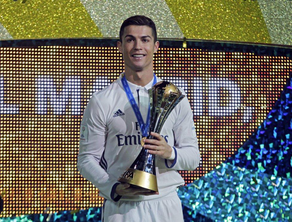 رونالدو یا مسی؛ کدام یک آقای گل 2016 شد؟
