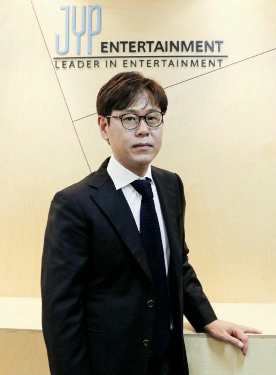 مدیر کمپانی JYP Entertaiment مشخص کرد ک کدوم گروه ها در سال 2016  بیشترین سود و درامد رو کسب کردند🤔