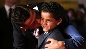 رونالدو: به پسرم به خاطر من کنایه می زنند