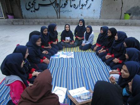 برگزاری حلقات صالحین در واحد بسیج دانش آموزی پیوند