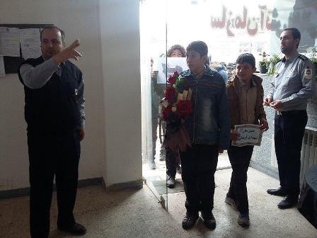 همدردی دانش آموزان شهرستان میانه با آتش نشانان فداکار