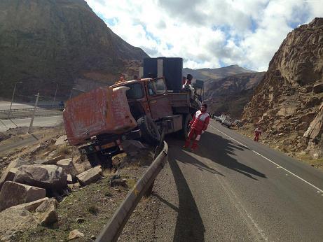 2 تصادف و 2 کشته در جاده های قزوین + تصاویر