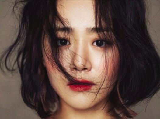 عمل جراحی Moon Geun Young با موفقیت انجام شد.