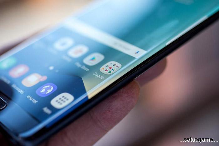نمونه اولیه گوشی تاشوی سامسونگ در نمایشگاه MWC به نمایش گذاشته خواهد شد