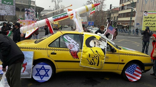 حاشیه های راهپیمایی ۲۲ بهمن ۹۵ و نمایش شور انقلابی