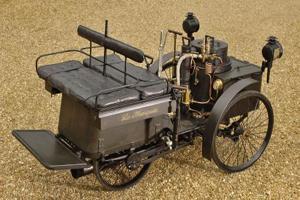 عکس های قدیمی ترین خودروی جهان 125 ساله شد