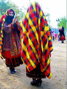 درباره لباس زنانه و رقص کرمانجی