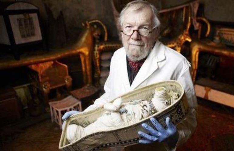 یکی از قدیمی ترین عروسک های جهان