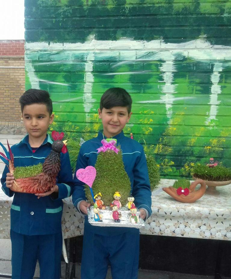 گزارش تصویری پنجمین جشنواره سبزه در دبستان شهید آیت (1)