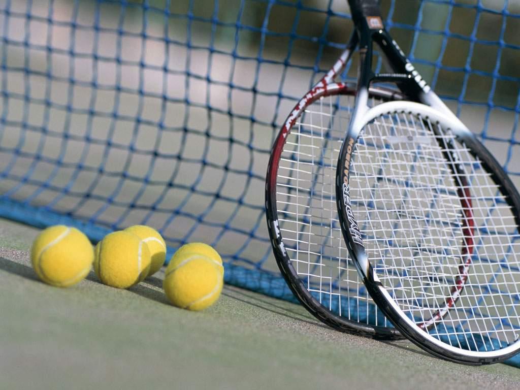 فروش انواع لوازم تنیس