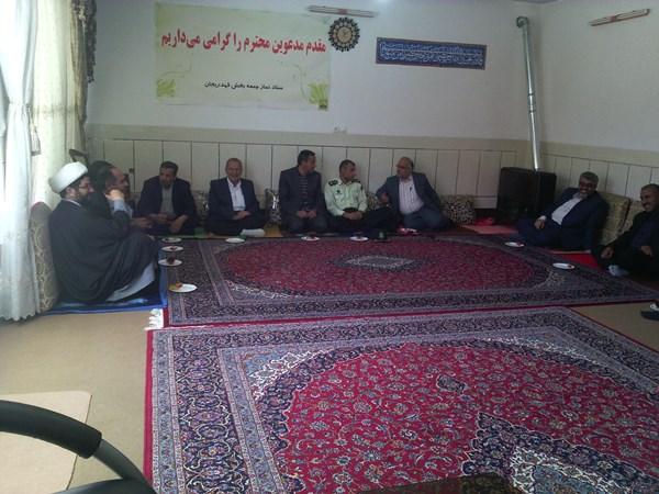 دیدار مسئولین شهرستان و فرمانده شهرستان با امام جمعه محترم