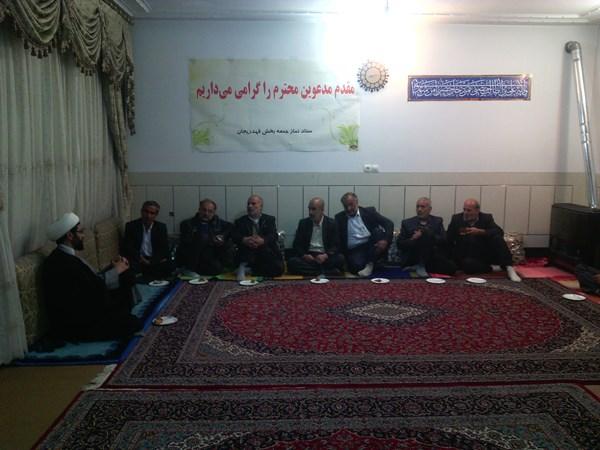 دیدار اعضای کنگره شهدا با امام جمعه شهر