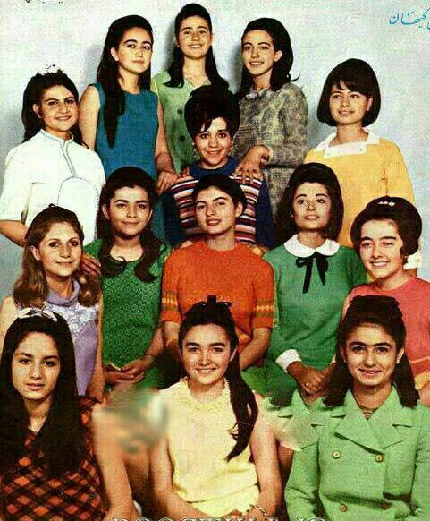 آهنگ شکوفه ها از گروه کر دختران