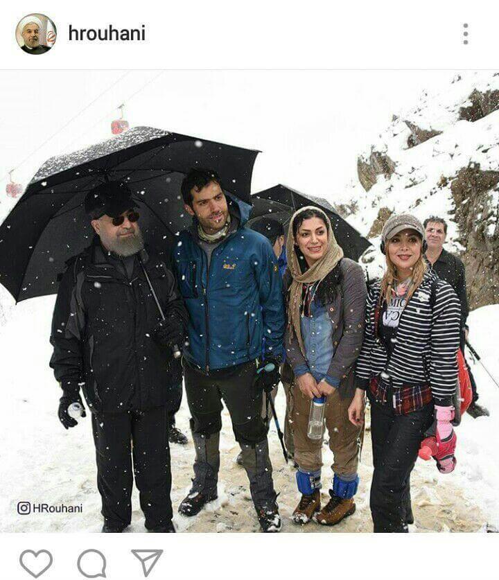 عکس جنجالی روحانی با دختران کوهنورد