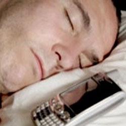 فرار از خطرات امواج تلفن همراه و وای فای