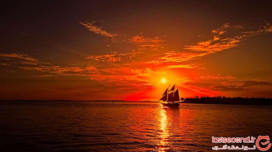 عکس غروب آفتاب دریا