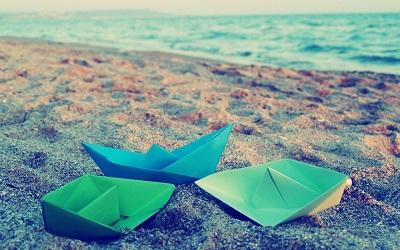 قایق کاغذی...