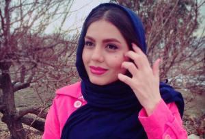 آزاده زارعی و آتوسا حجازی در تیم فوتسال هنرمندان