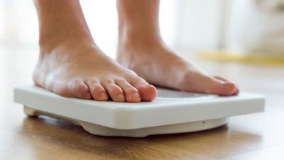 بدون دلیل، وزن اضافه یا کم می کنید؟