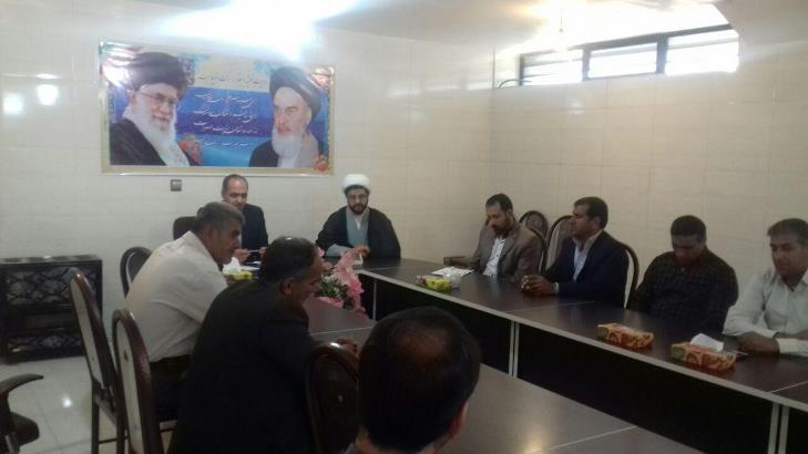 حضور امام جمعه محترم شهر در جلسه با کاندیداها محترم بخش قهدریجان