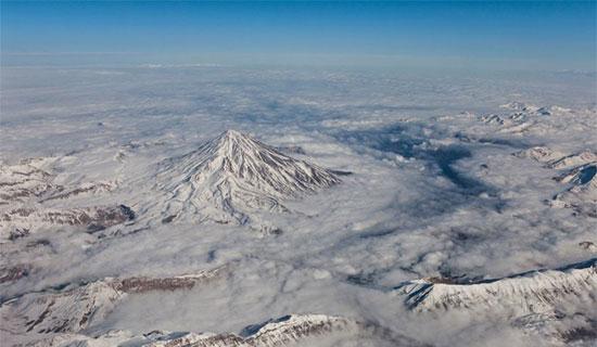 کوه های آتشفشانی ایران، آتشی زیر خاکستر