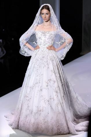 50 عکس از جدیدترین مدل لباس عروس 2017(96)