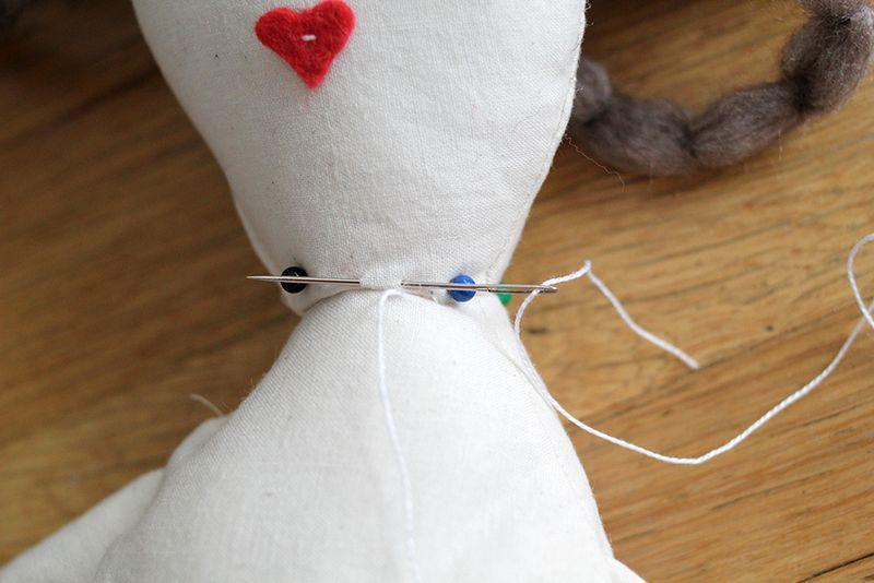 آموزش تصویری دوخت عروسک ساده8