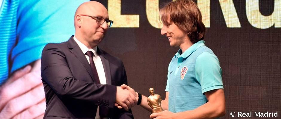 مودریچ برای پنجمین سال متوالی بهترین بازیکن سال کرواسی شد