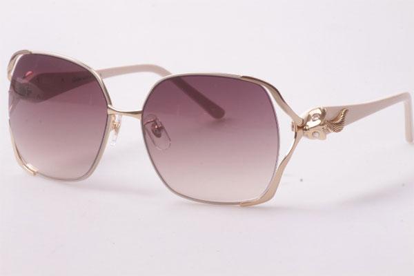 عینک طرح Cartier
