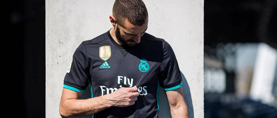تصویری: رئال مادرید از پیراهن های خود برای فصل 18-2017 رونمایی کرد
