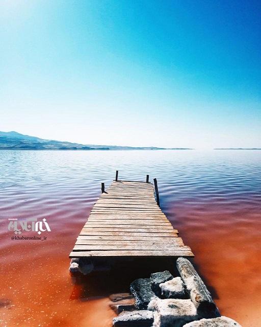 رنگ ها در دریاچه ارومیه