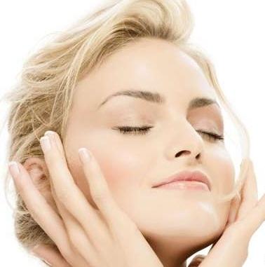 قیمت میکرودرم پوست صورت در ارایشگاه برای از بین رفتن جای جوش و لک پوست