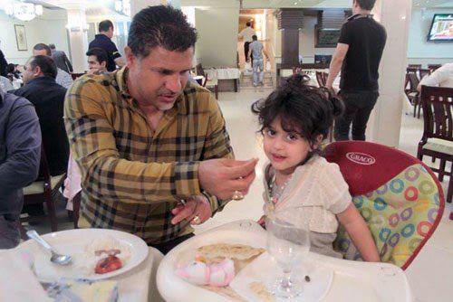 علی دایی و همسر جدیدش سابقش و دختر اولش دومش / عکس بیوگرافی