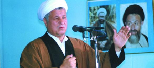 وقتی رفسنجانی در نماز جمعه از سینهبند و کرست میگوید!