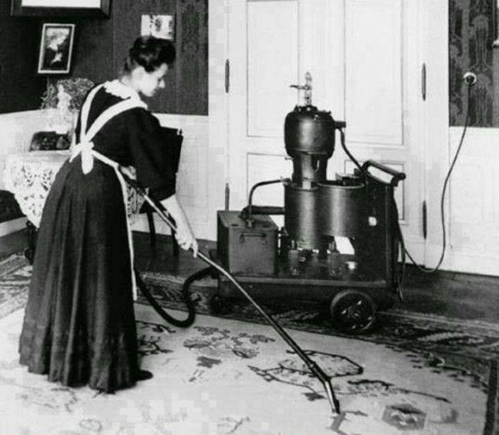 تصویر اولین جاروبرقی زیمنس به نام «پمپ مکش غبار»