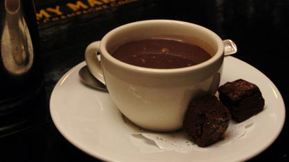 طرز تهیه شکلات داغ  در منزل