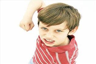 کودکان نباید به کتک زدن والدین عادت کنند - مراقب تربیت کودک خود باشید