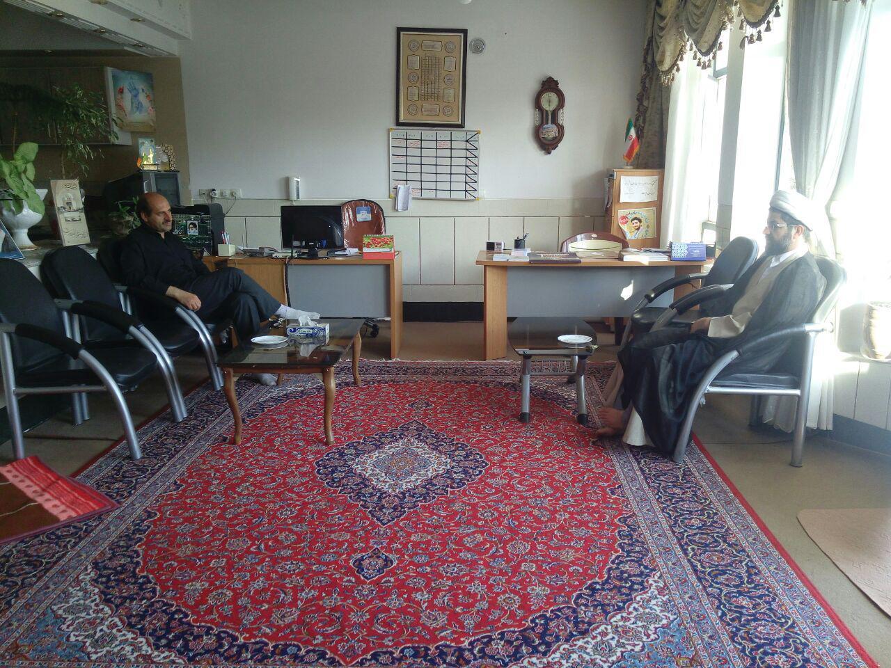 دیدار آقا شفیعی نماینده سابق مردم در شورای اسلامی شهر قهدریجان با امام جمعه محترم شهر
