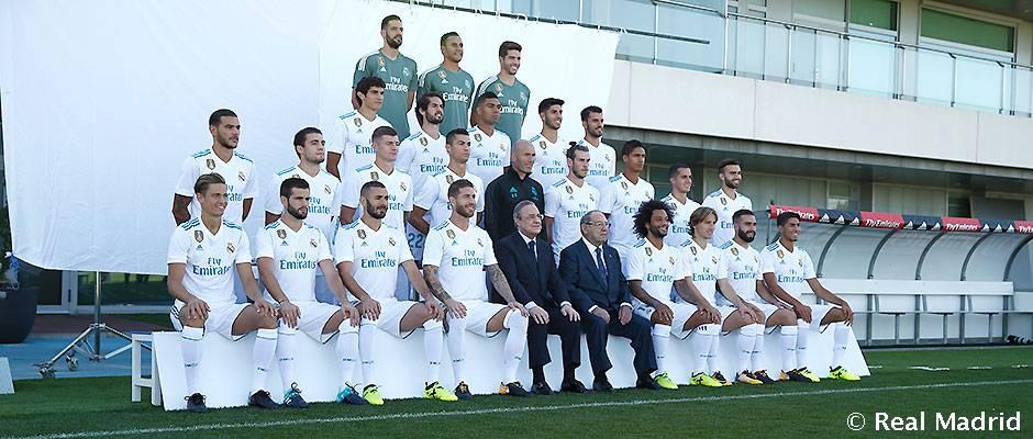 عکس رسمی باشگاه در فصل 2017-18