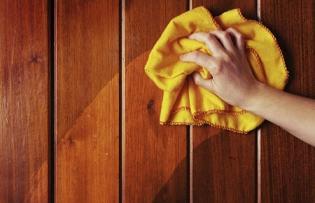 تميز کردن وسائل چوبي خانه